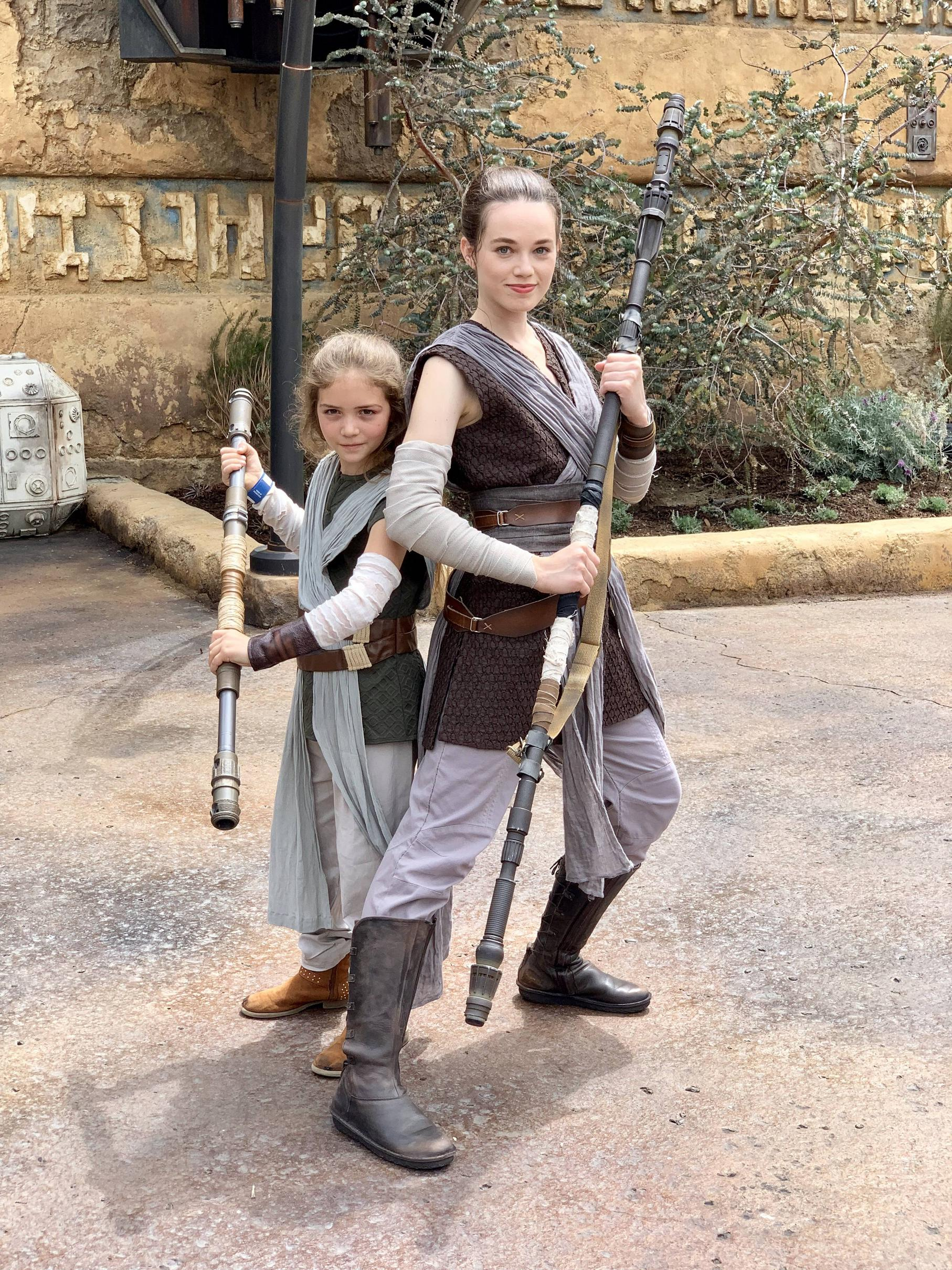 My daughter with Rey at Star Wars Land