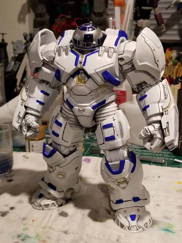 R2 Big D.