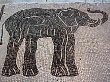 0454 Ostia - Piazzale delle Corporazioni - Elefant