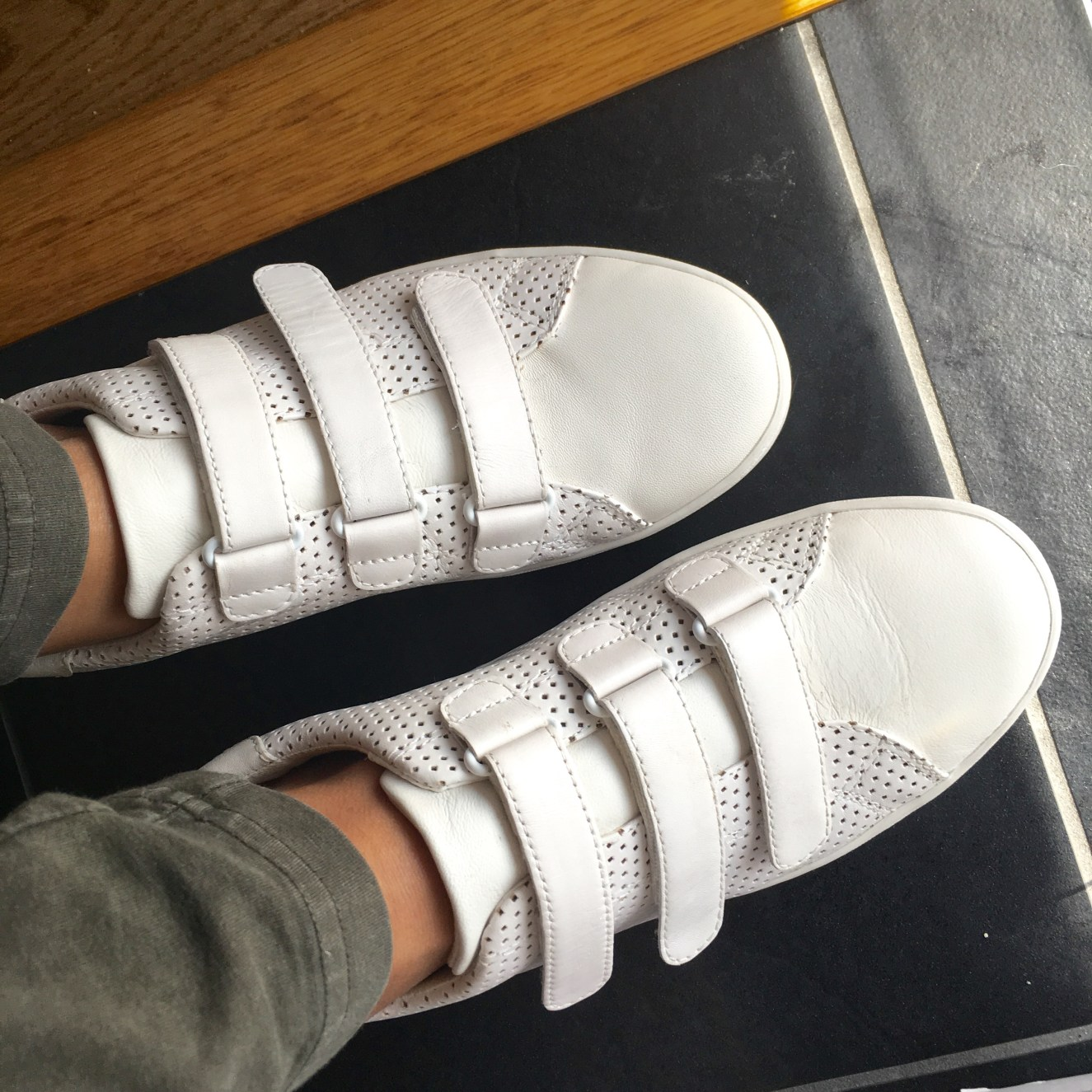 I Adore What I Love Blog // WEEKLY WINS #21 // White Sneakers // www.iadorewhatilove.com #iadorewhatilove