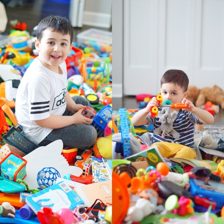 Dreading cleaning out your kid's playroom? So was I. Here are 5 simple steps to a perfectly organized kids playroom that you can implement today!