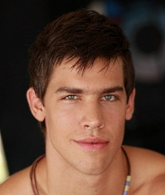 Headshot of Kris Evans
