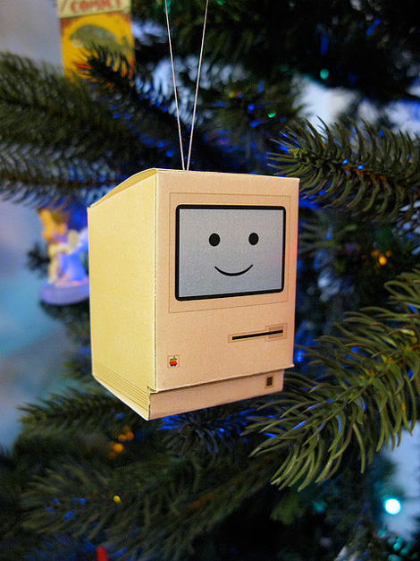 Happy Mac Christmas ornament