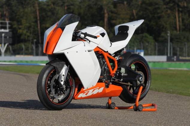 KTM 2011 RC8 R race spec