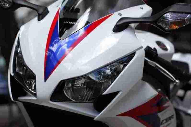 2012 Honda CBR1000RR 09