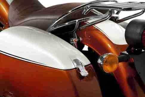 Moto Guzzi California 90th Anniversary Edition 02