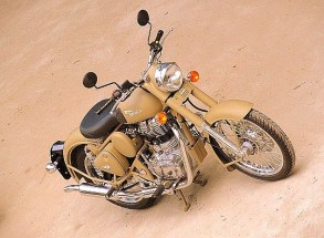 Royal Enfield Classic Chrome 500 and Desert Storm 500 India launch 03