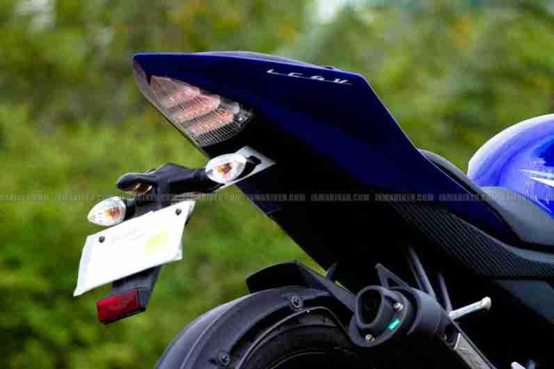 New Yamaha R15 V2.0 2011 04