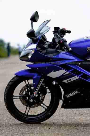 New Yamaha R15 V2.0 2011 15