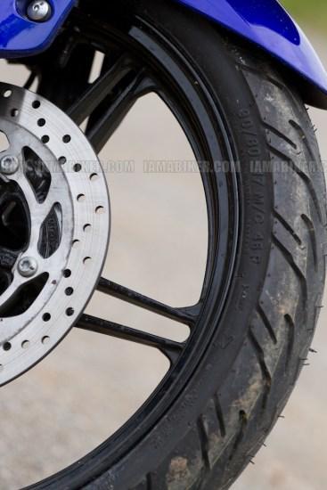 New Yamaha R15 V2.0 2011 21