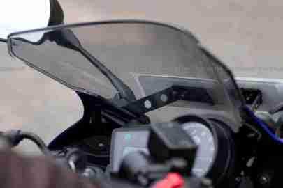 New Yamaha R15 V2.0 2011 30