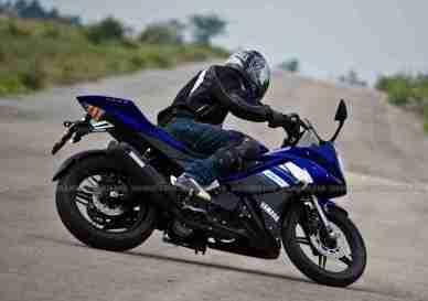 New Yamaha R15 V2.0 2011 38