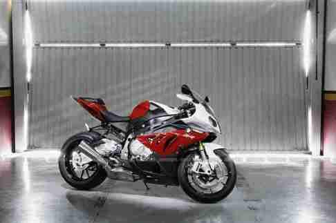 S1000 RR BMW 2012 31 IAMABIKER