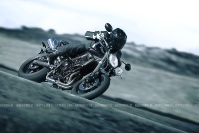 Triumph Speed triple 2012 07 IAMABIKER