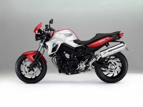 BMW F800R updated for 2012 01 IAMABIKER