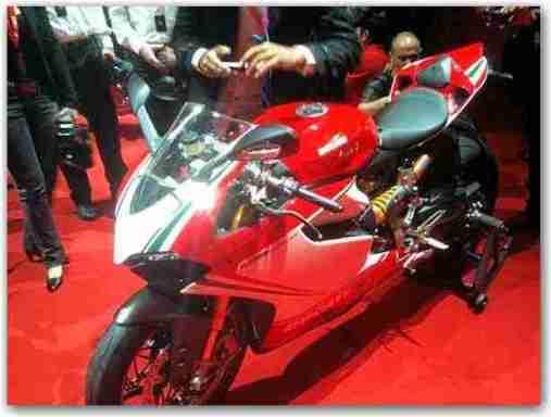 Ducat 1199 Panigale 03 IAMABIKER