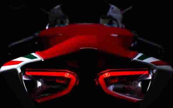 Ducat 1199 Panigale all details 06 IAMABIKER