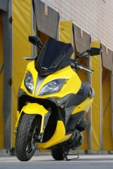 KYMCO Xciting 400i for 2012 09 IAMABIKER