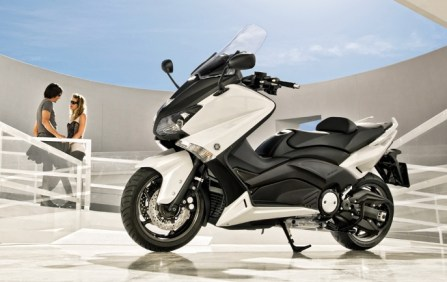 Yamaha T-Max updated for 2012