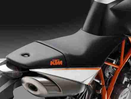 KTM 990 Super Duke R for 2012 04 IAMABIKER