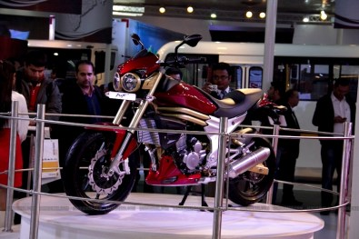 Mahindra 2 wheelers Auto Expo 2012 01