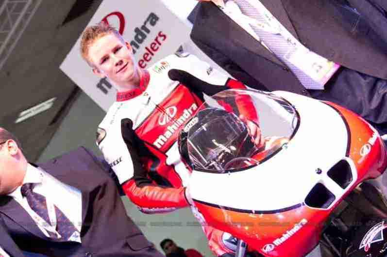 Mahindra 2 wheelers Auto Expo 2012 11