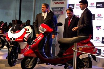 Mahindra 2 wheelers Auto Expo 2012 India 40