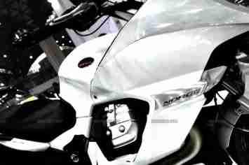 Moto Guzzi - Piaggio Auto Expo 2012 India 02