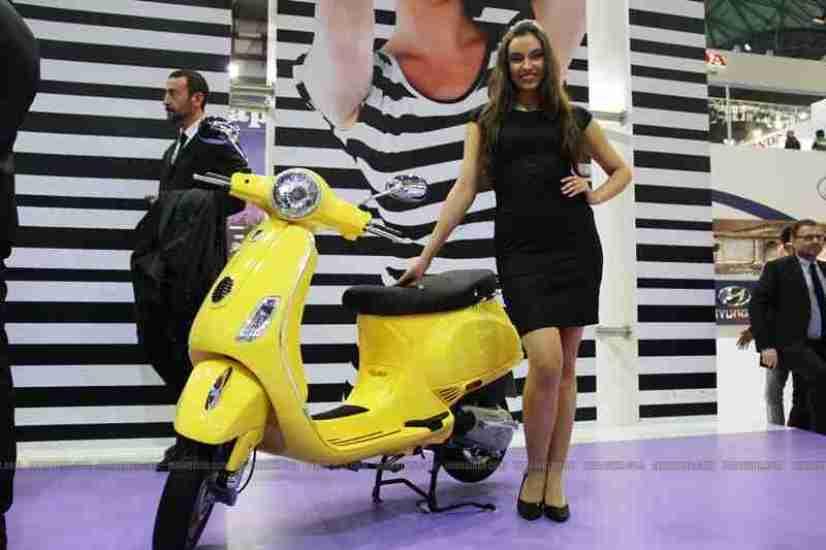 Vespa - Piaggio Auto Expo 2012 India 09