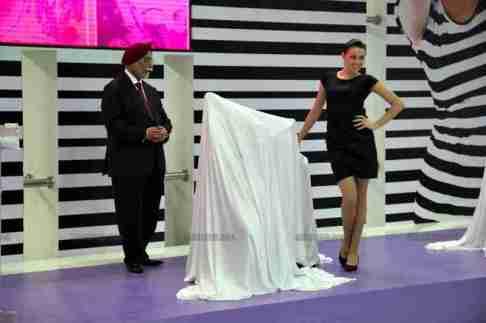 Vespa - Piaggio Auto Expo 2012 India 32