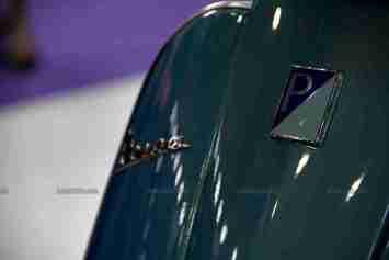 Vespa - Piaggio Auto Expo 2012 India 39