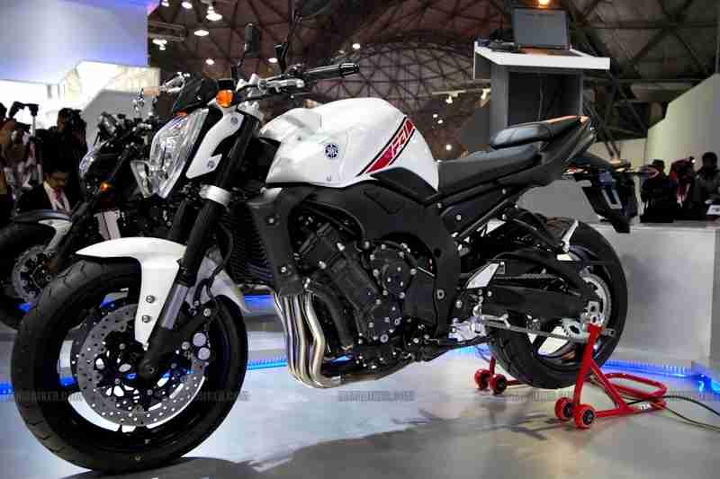 Yamaha Auto Expo 2012 India 01