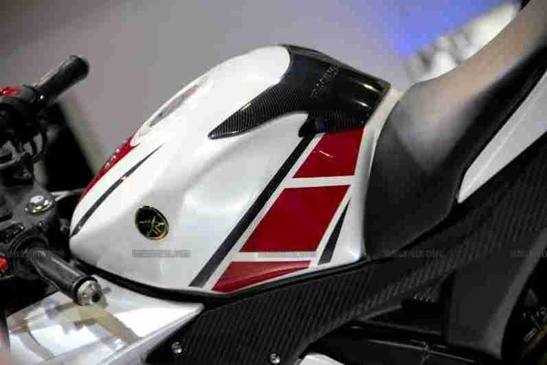 Yamaha R15 V 2.0 50th Anniversary edition Auto Expo 2012 India 29