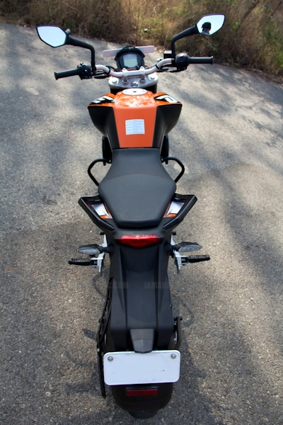 KTM Duke 200 review 12