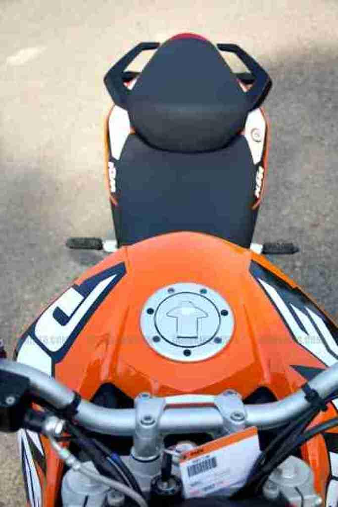 KTM Duke 200 review 26