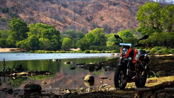 KTM Duke 200 wallpaper