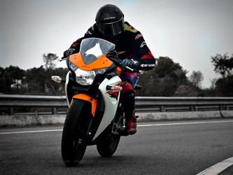 cbr-150r-india-review-banner