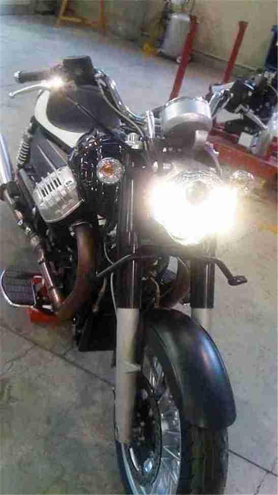 Moto Guzzi California 2012 naked 04