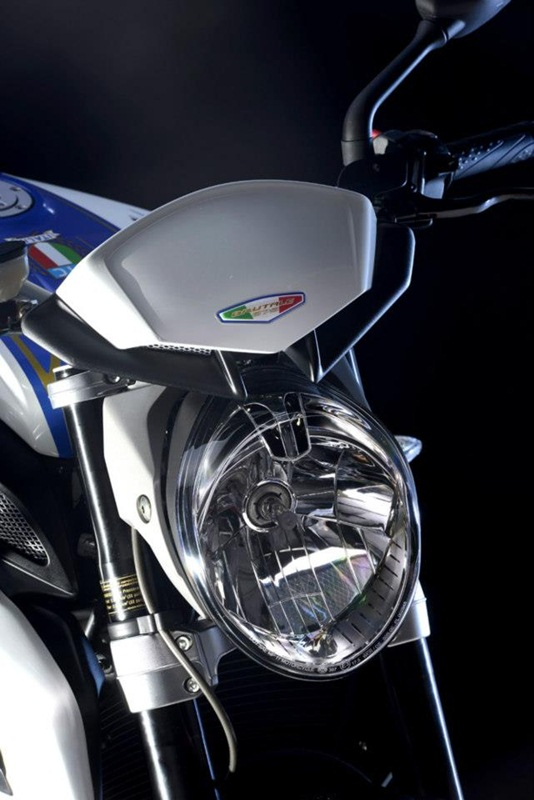 MV Agusta Brutale 675 special edition 08