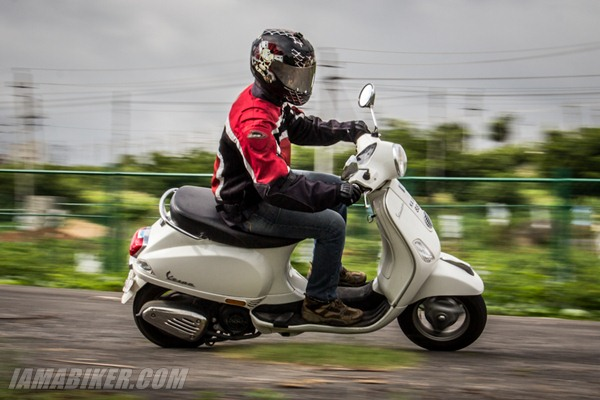 vespa 125 lx handling and braking