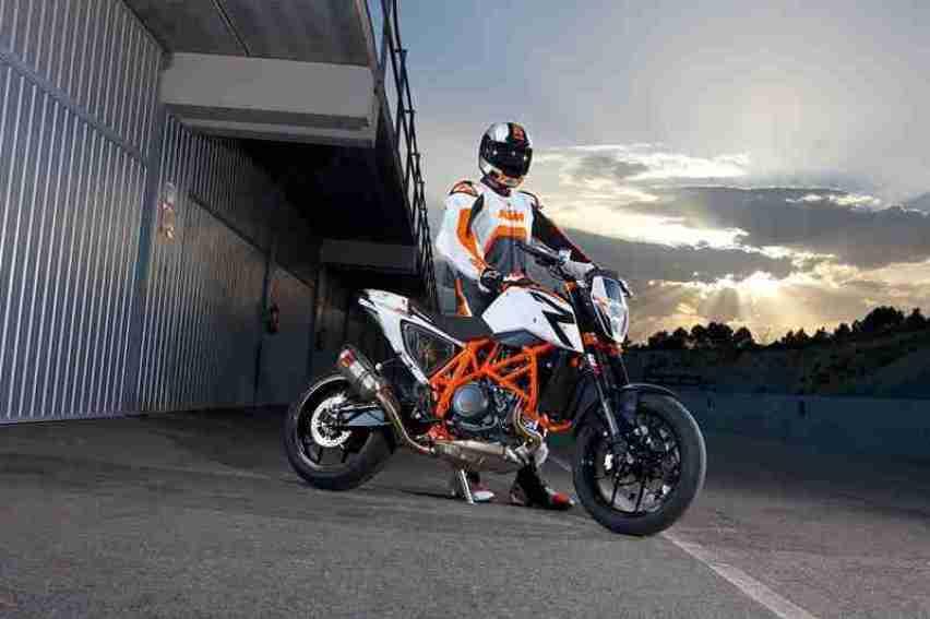 2013 KTM Duke 690 R - 04