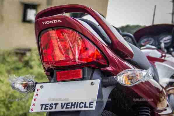 Honda Dream Yuga review - 18
