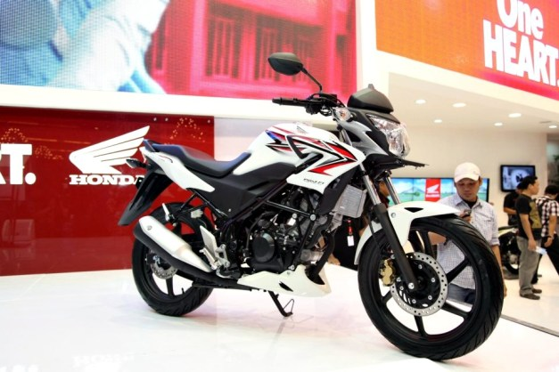 jakarta motorcycle show 2012 - 27