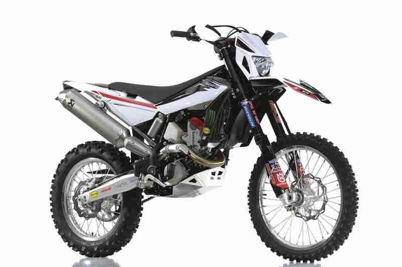 Husqvarna Racing Kit for Enduro and MotoCross models - 18