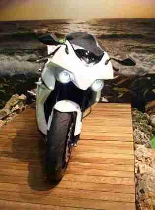 ecrp energica electric sportsbike - 06