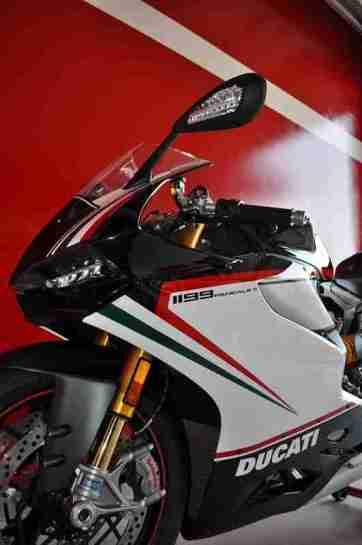 Ducati 1199 Panigale S Nero - 09