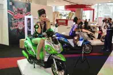 2013 Bangkok Motorbike Festival photographs - 21