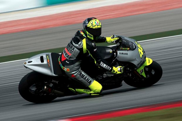 Valentino Rossi Yamaha dominate at Sepang test
