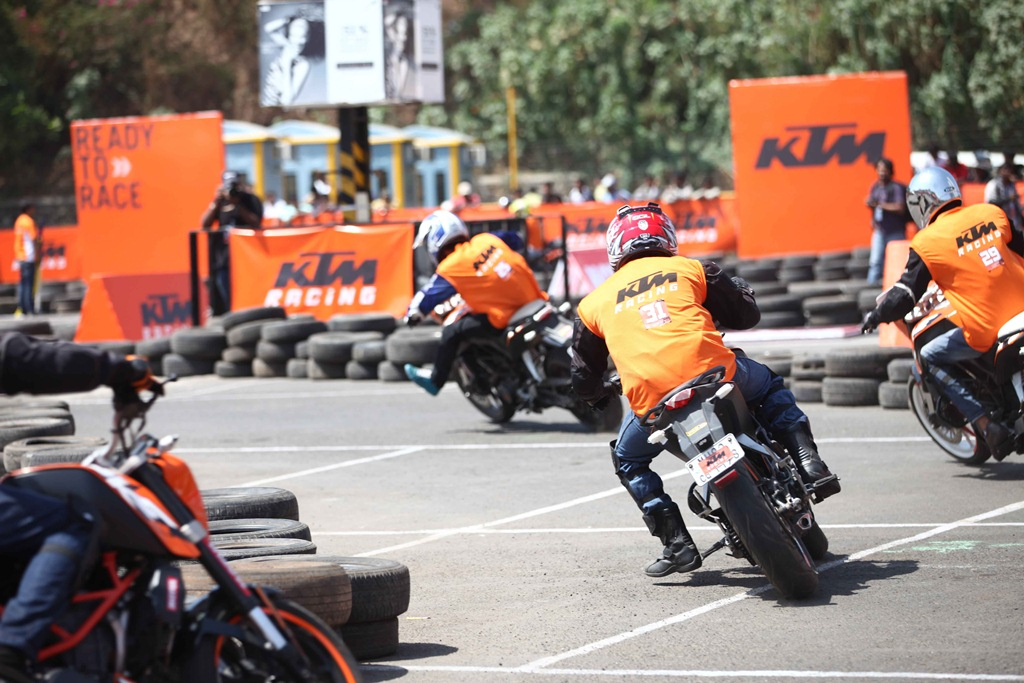 ktm orange day mumbai v2 - 06