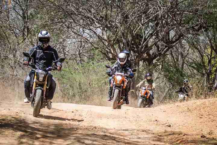 ktm orange ride bangalore to sangam (14)